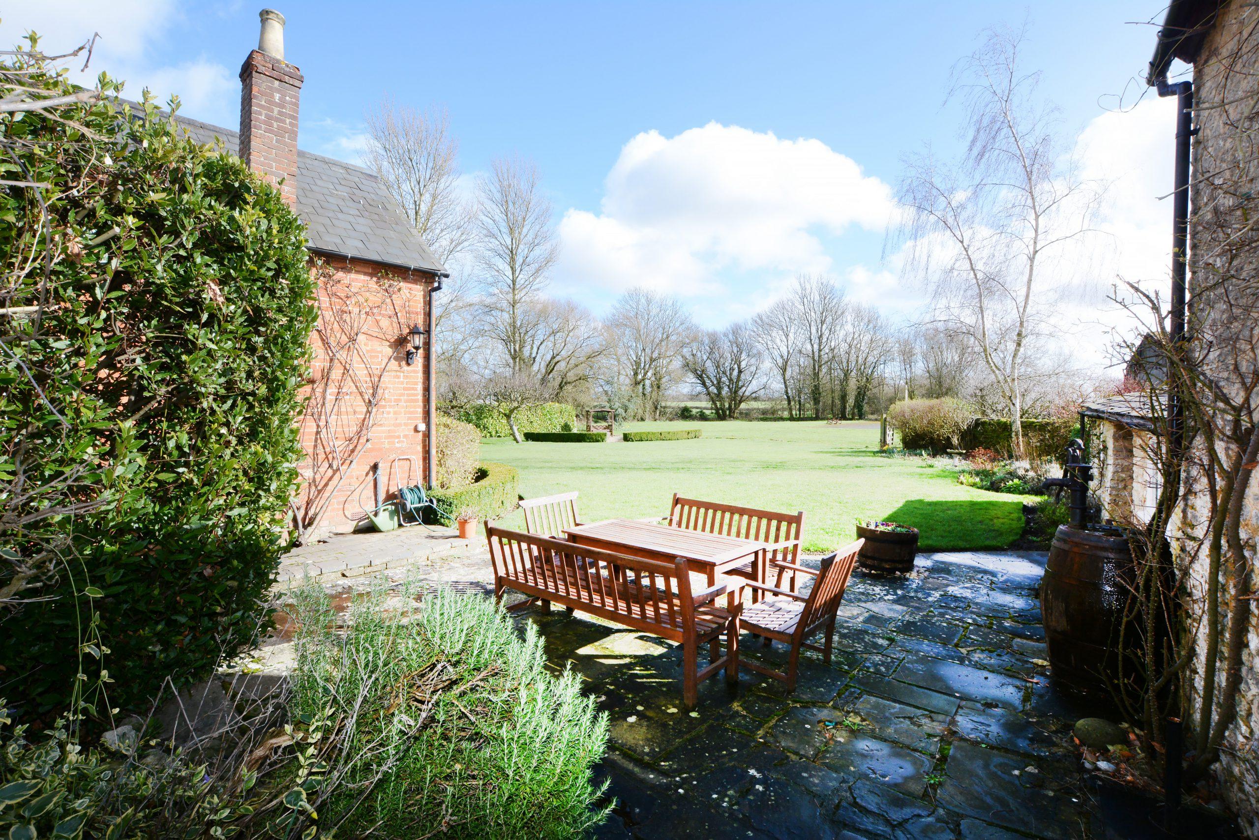 The Old School Bed and Breakfast Garden